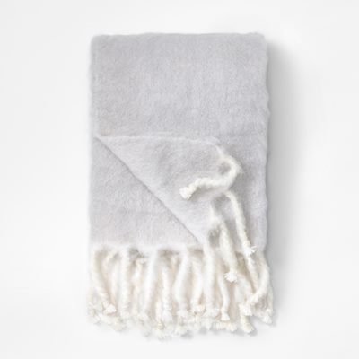 Throw Mohair - 130x180 cm, Mohair wool, Light Grey | Svenskt Tenn