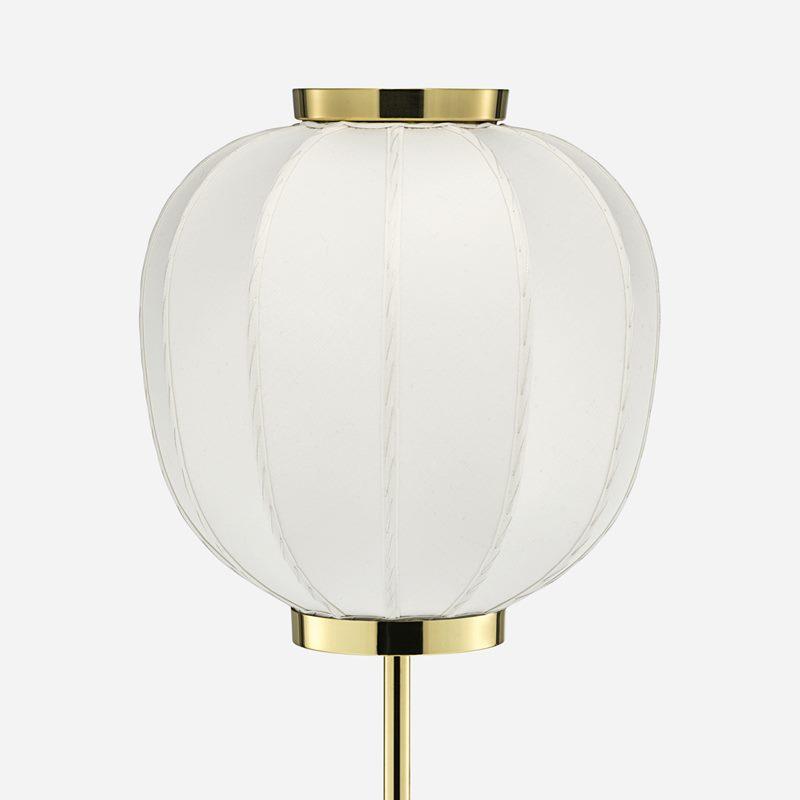 Lampshade Sewn - Silk, White | Svenskt Tenn