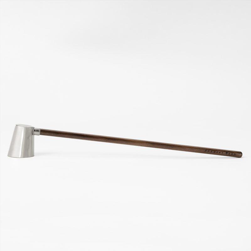 Candle Snuffer Skymning - Silver plated brass Wood | Svenskt Tenn