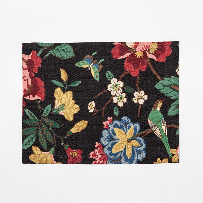 Placemat Textile Pomegranate - 35x45 cm, Linen, Pomegranate Tree | Svenskt Tenn
