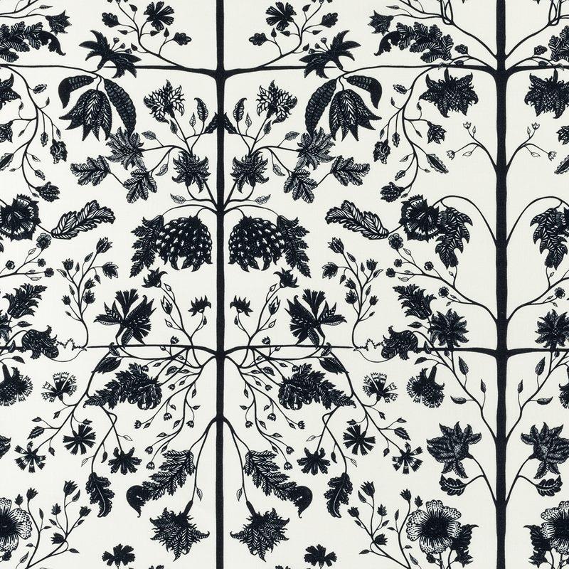 Textile Chintz - Linen, White | Svenskt Tenn
