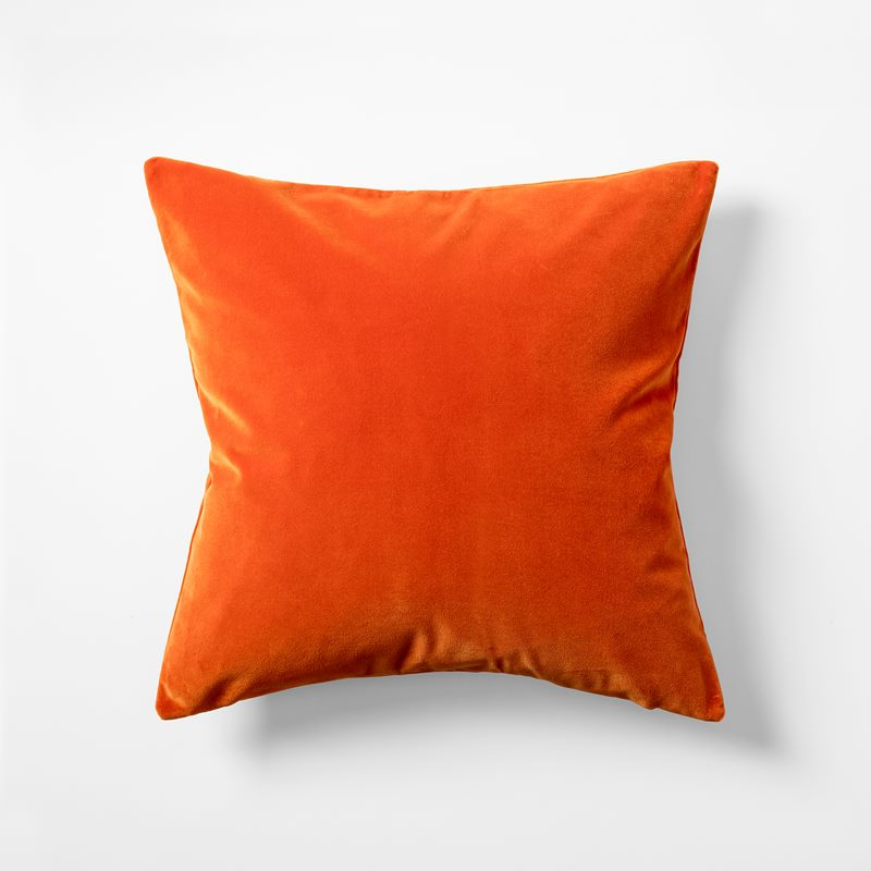 Cushion Velvet - 50x50 cm, Velvet, Potimarron | Svenskt Tenn