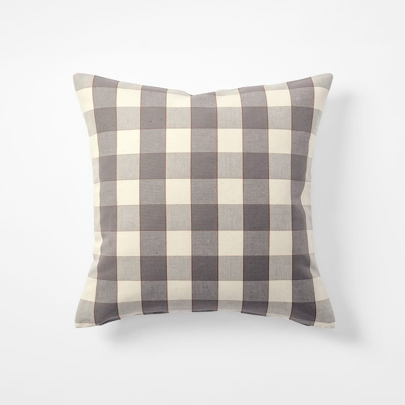 Cushion Gripsholmsruta - 50x50 cm, Linen Cotton, Gripsholmsruta, Grey | Svenskt Tenn