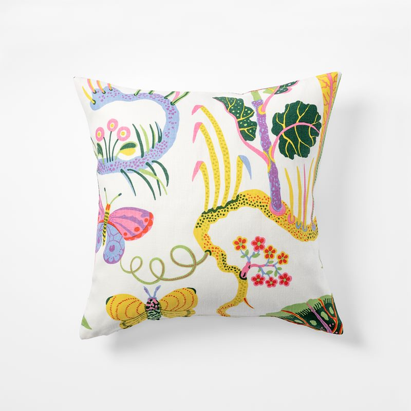 Cushion Hawai - 50x50 cm, Linen, Hawai, White | Svenskt Tenn