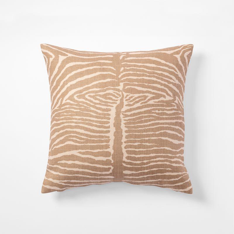 Cushion Le Zebre - 50x50 cm, Linen, Le Zebre, Beige | Svenskt Tenn