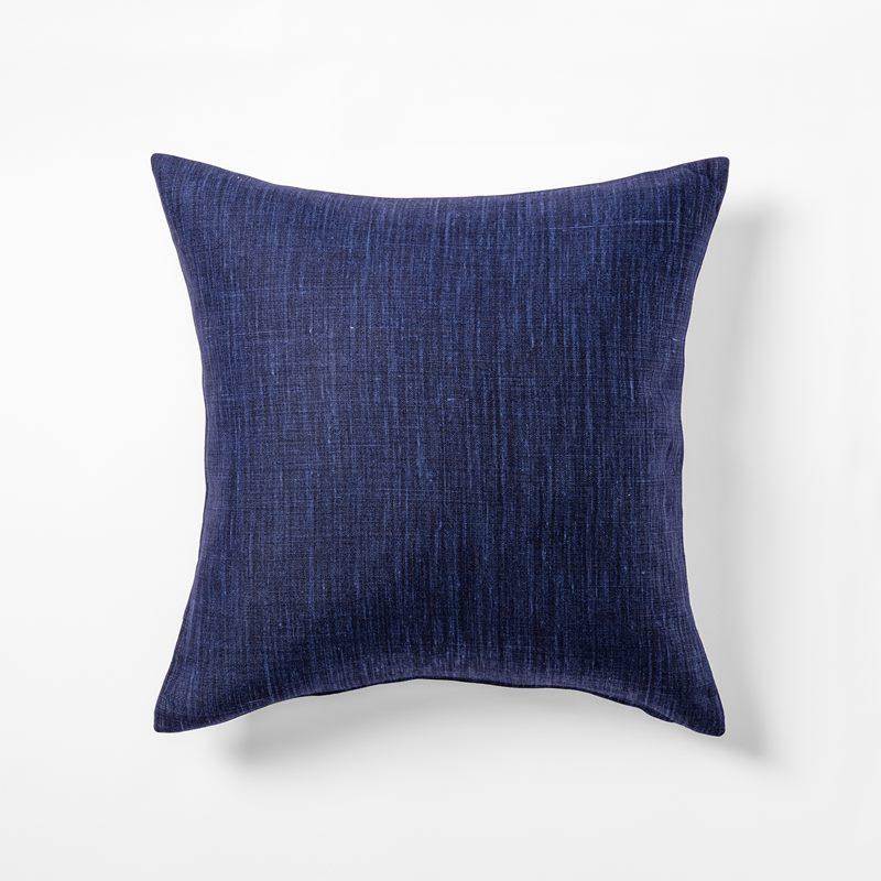 Cushion Svenskt Tenn Linen - 50x50 cm, Linen, Marine | Svenskt Tenn