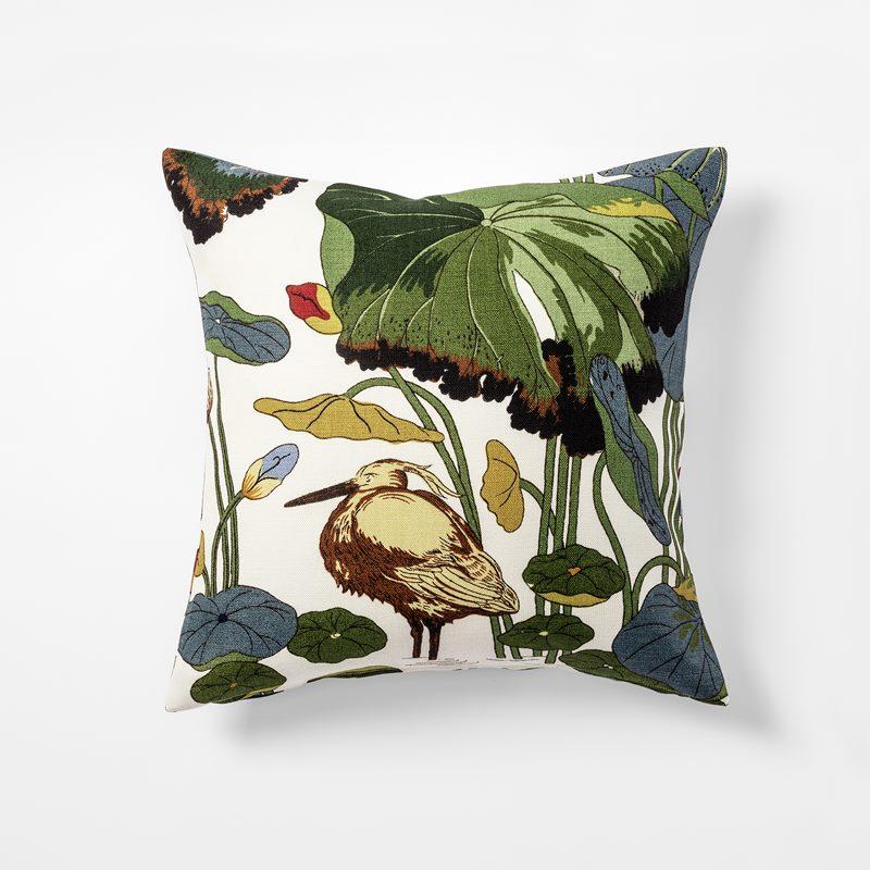 Cushion Lotus - 50x50 cm, Linen, Lotus | Svenskt Tenn