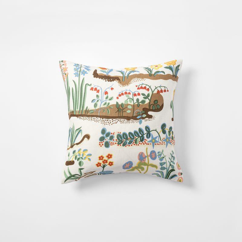 Cushion Primavera - 40x40 cm, Linen, Primavera | Svenskt Tenn