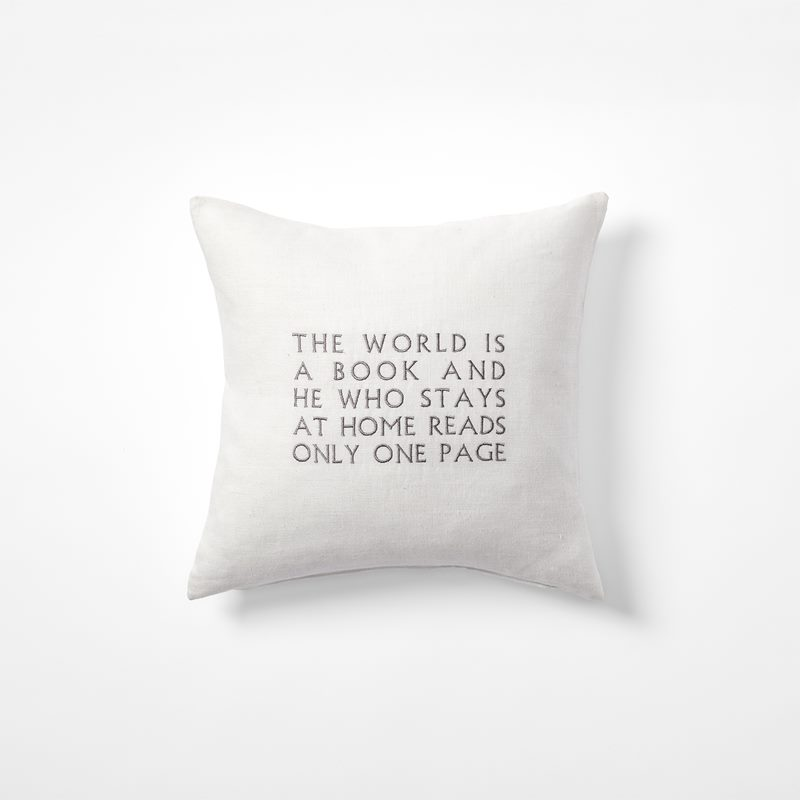 Cushion The World Is A Book - 40x40 cm, Linen, White | Svenskt Tenn