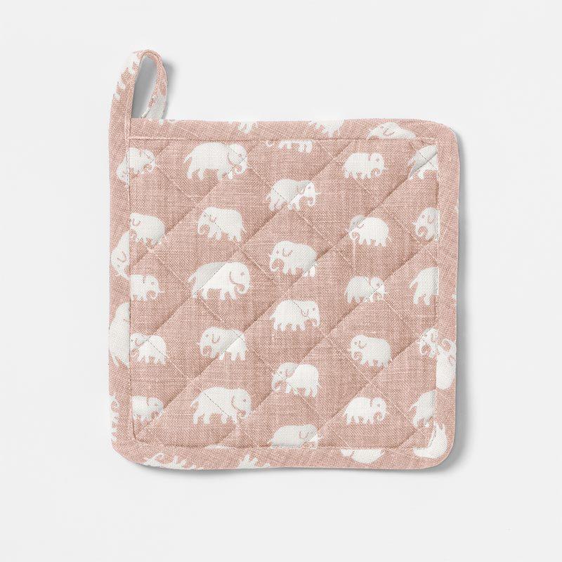 Pot Holder Elefant Linen - Linen, Elefant, Light Pink | Svenskt Tenn