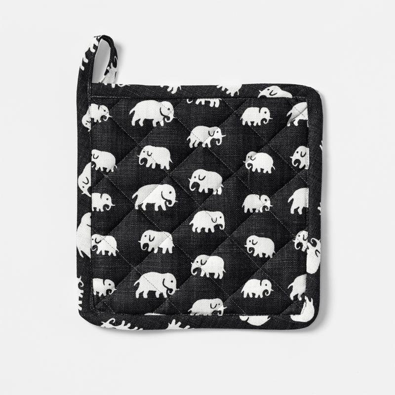 Pot Holder Elefant - Linen, Elefant, Black | Svenskt Tenn