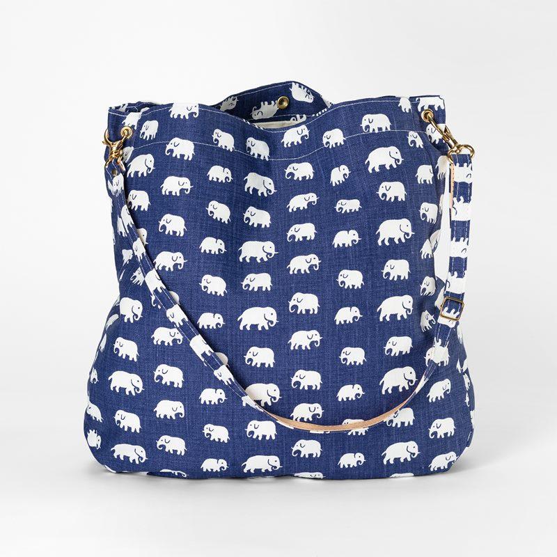 Bag Elefant - Lin, Elefant, Blå | Svenskt Tenn