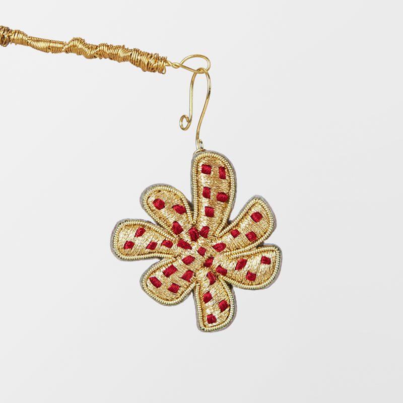 Decoration Wish Flower Embroidered - Silk, Red | Svenskt Tenn