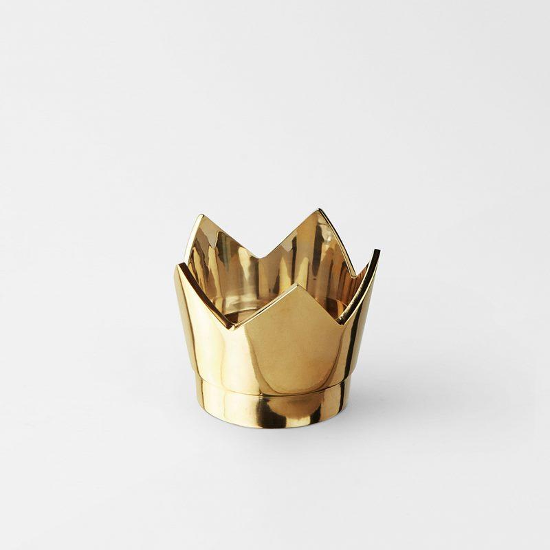 Candle Holder Kronan På Verket - Brass | Svenskt Tenn