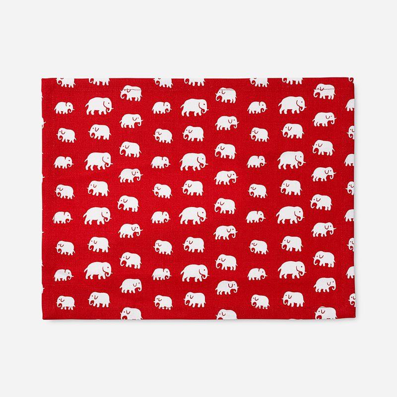 Placemat Textile  Elefant - 35x45 cm, Linen, Elefant, Red | Svenskt Tenn