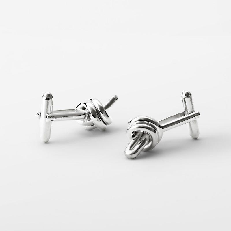 Cufflinks Nodo - Silver plated Brass | Svenskt Tenn