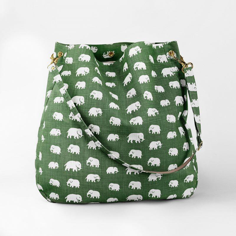Bag Elefant - Lin, Elefant, Grön | Svenskt Tenn