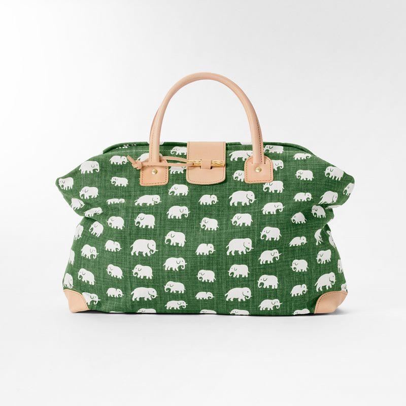 Handbag Elefant - Linen, Elefant, Green | Svenskt Tenn