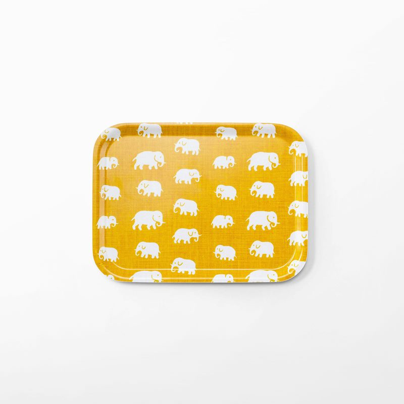 Bricka Elefant - 27x20 cm, Elefant, Rektangulär, Gul | Svenskt Tenn