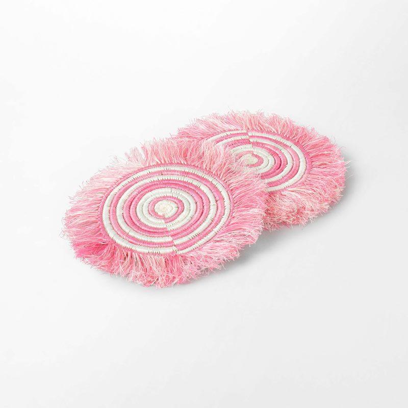Coaster Frans - 14,5 cm, Straw, Pink | Svenskt Tenn