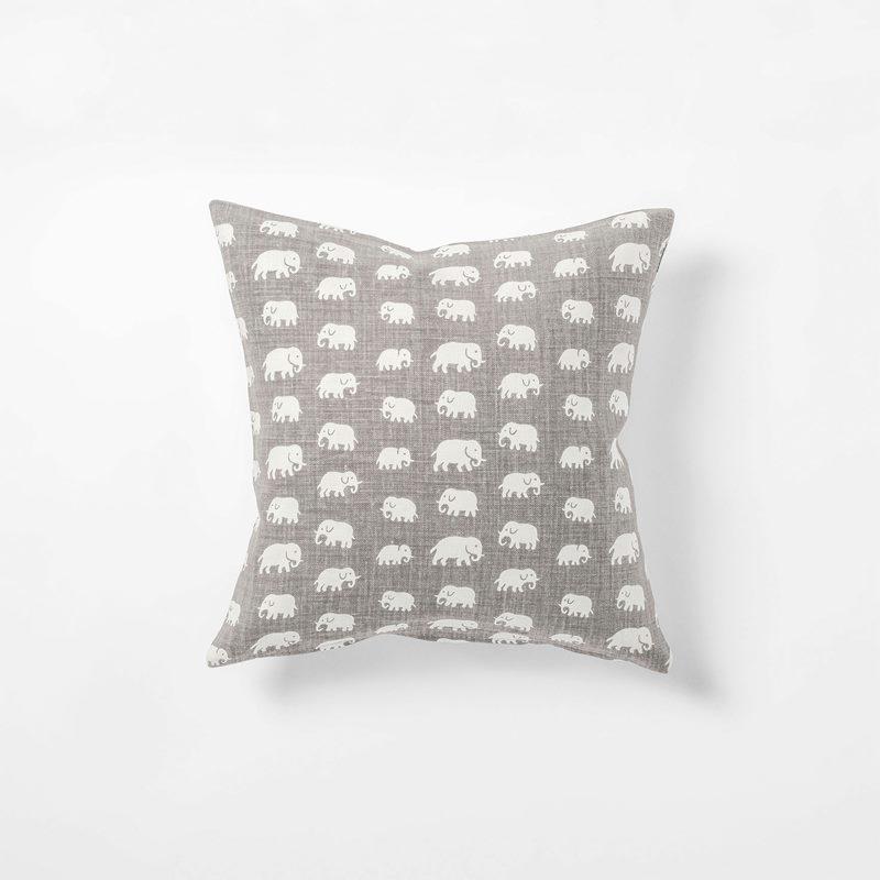 Cushion Elefant - 40x40 cm, Linen 315, Elefant, Warm Grey | Svenskt Tenn