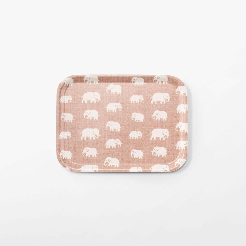 Bricka Elefant - 27x20 cm, Elefant, Rektangulär, Ljusrosa | Svenskt Tenn