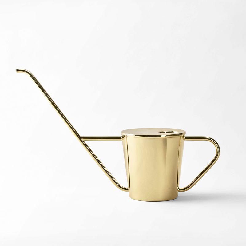 Watering Can Svenskt Tenn - Brass | Svenskt Tenn