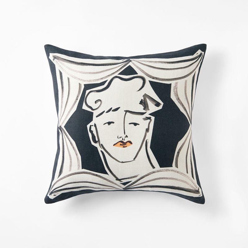 Cushion Endymion - 50x50 cm, Linen, Black | Svenskt Tenn