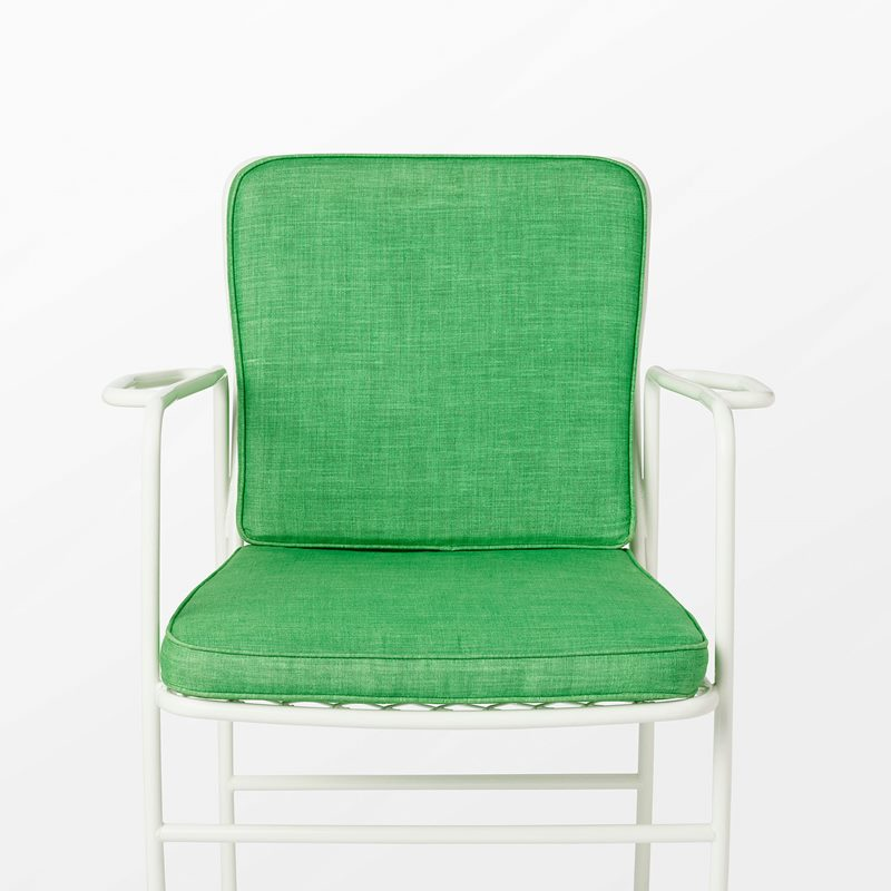 Cushion Armchair 591 | Svenskt Tenn