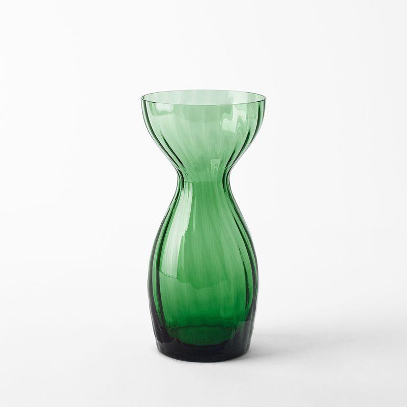Vas Iris - 24 cm, Glas, Grön | Svenskt Tenn