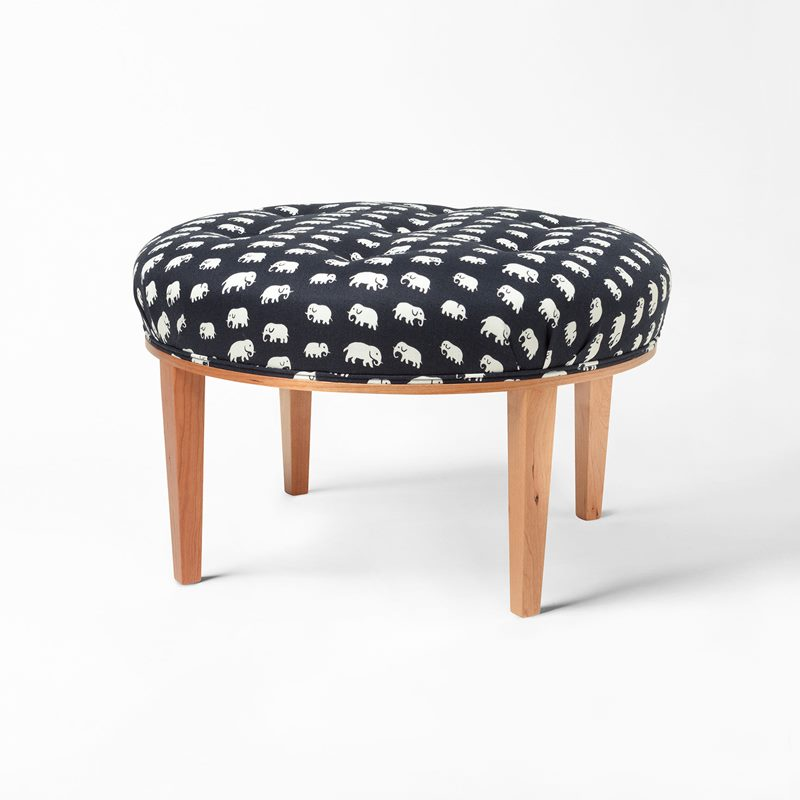 Stool 647 - Cherry, Elefant, Black | Svenskt Tenn