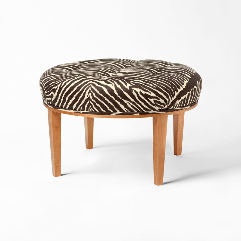 Stool 647 - Cherry, Le Zebre, Brown | Svenskt Tenn