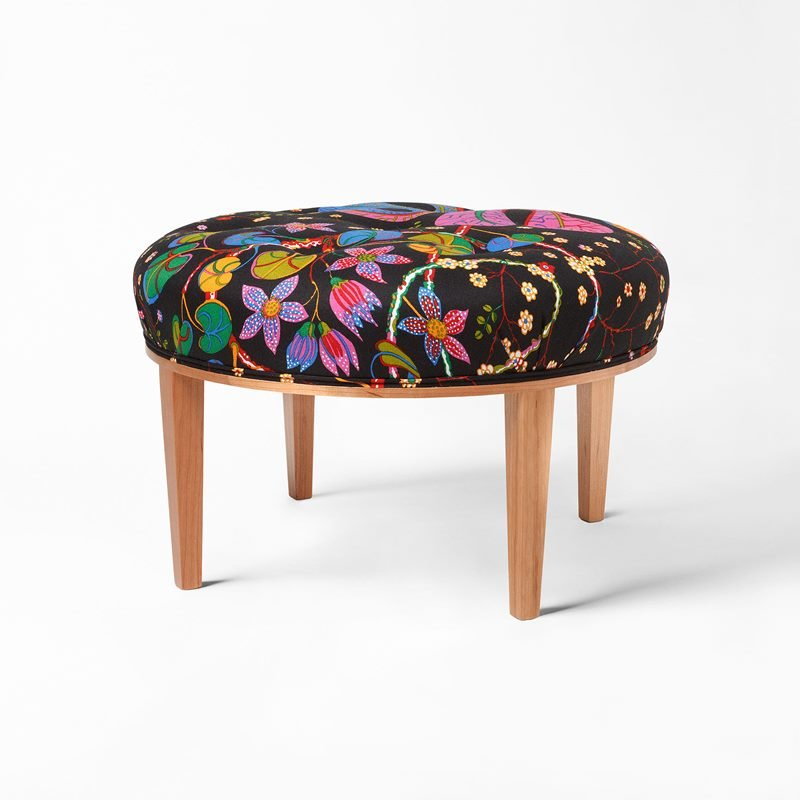 Stool 647 - Cherry, Teheran, Black | Svenskt Tenn