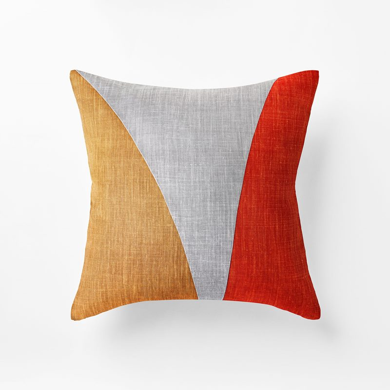 Cushion Misto - 50x50 cm, Linen, Ambra Misto, Amber | Svenskt Tenn