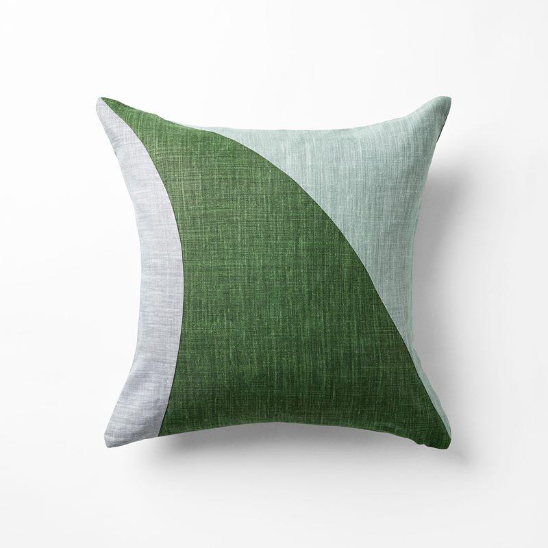 Cushion Misto - 50x50 cm, Linen, Verde Misto, Ivy Green | Svenskt Tenn