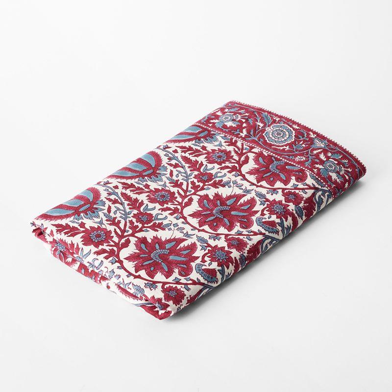 Table Cloth Indian Rose - 150x350 cm, Cotton, Blue | Svenskt Tenn