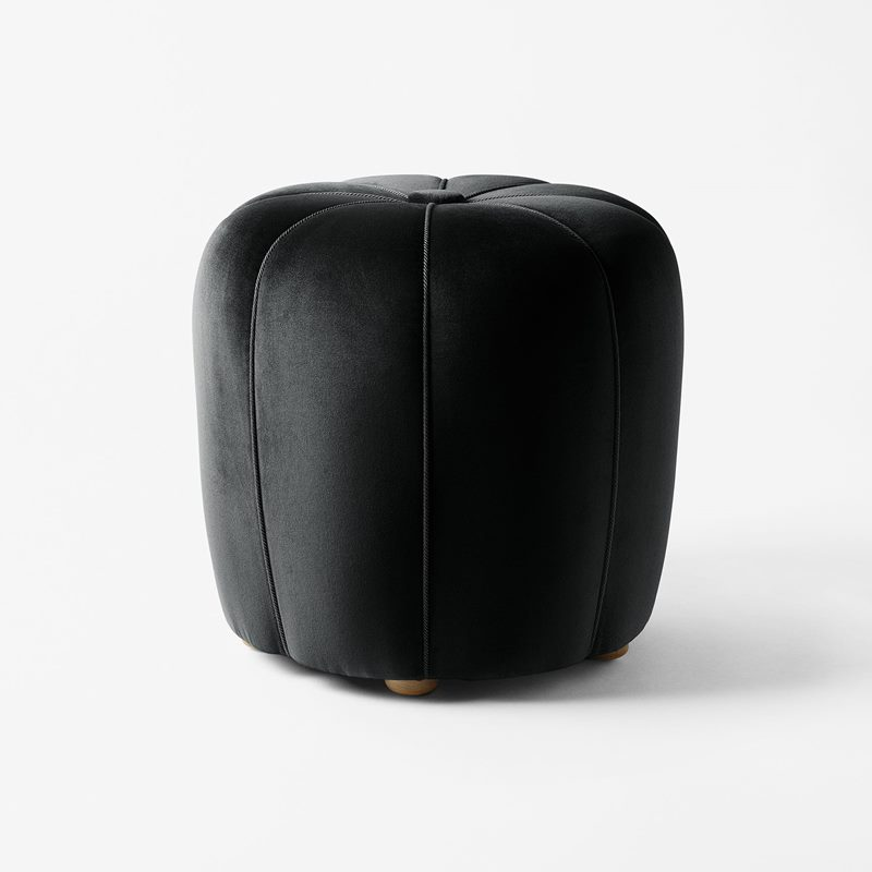 Stool 530 - Black | Svenskt Tenn