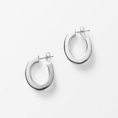 Earrings Oval - 2,5x2 cm, Silver, Yasar Aydin | Svenskt Tenn