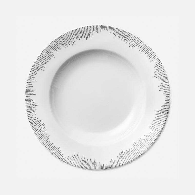 Soup Plate Streck Grey - 24,5 cm, Porcelain, Grey | Svenskt Tenn