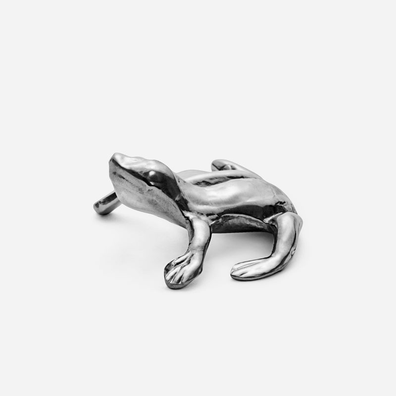Place Card Holder Frog - Pewter | Svenskt Tenn