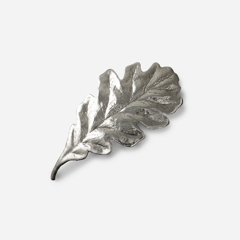 Decoration Oakleaf - Pewter | Svenskt Tenn