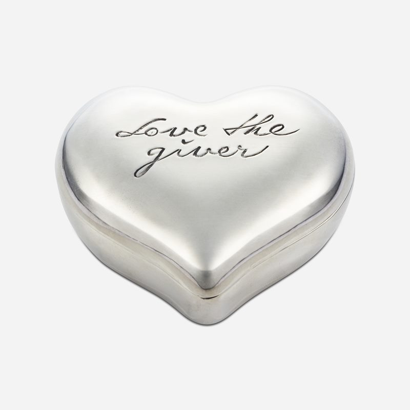 Heart with Lid Love the Giver - Pewter | Svenskt Tenn
