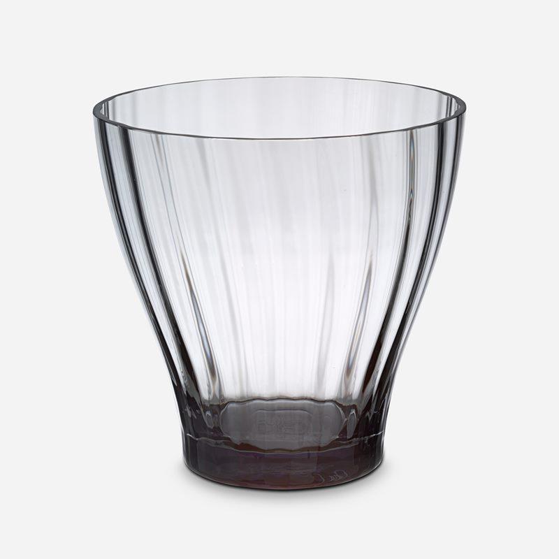 Vase Iris - 20 cm, Glass, Grey | Svenskt Tenn