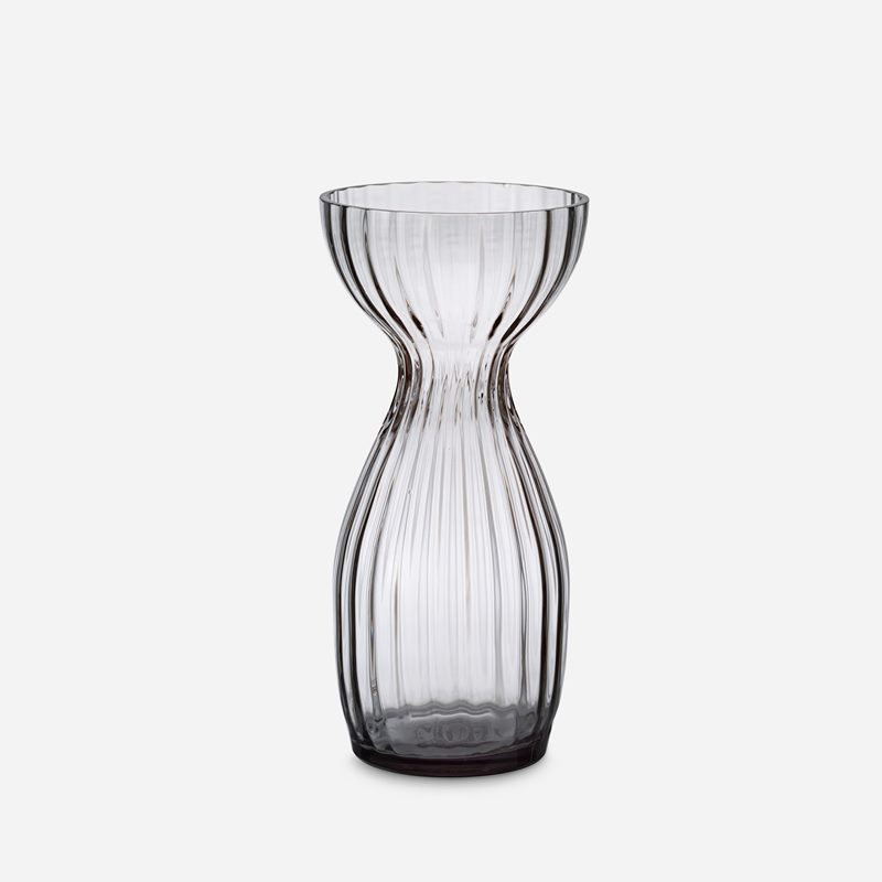 Vase Iris - 24 cm, Glass, Grey | Svenskt Tenn