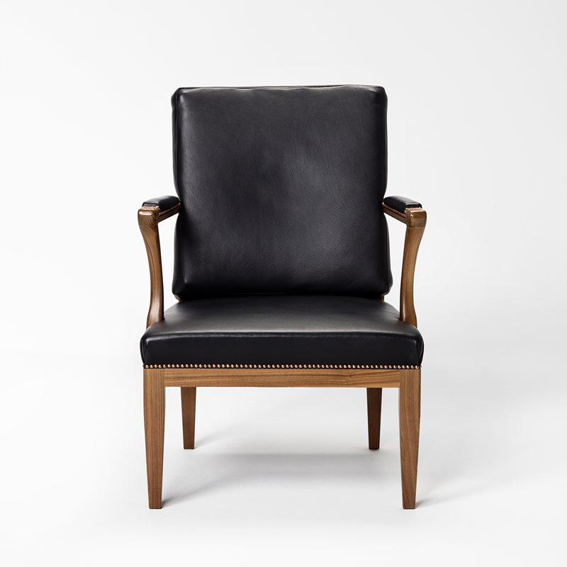 Armchair 868 - Nails | Svenskt Tenn