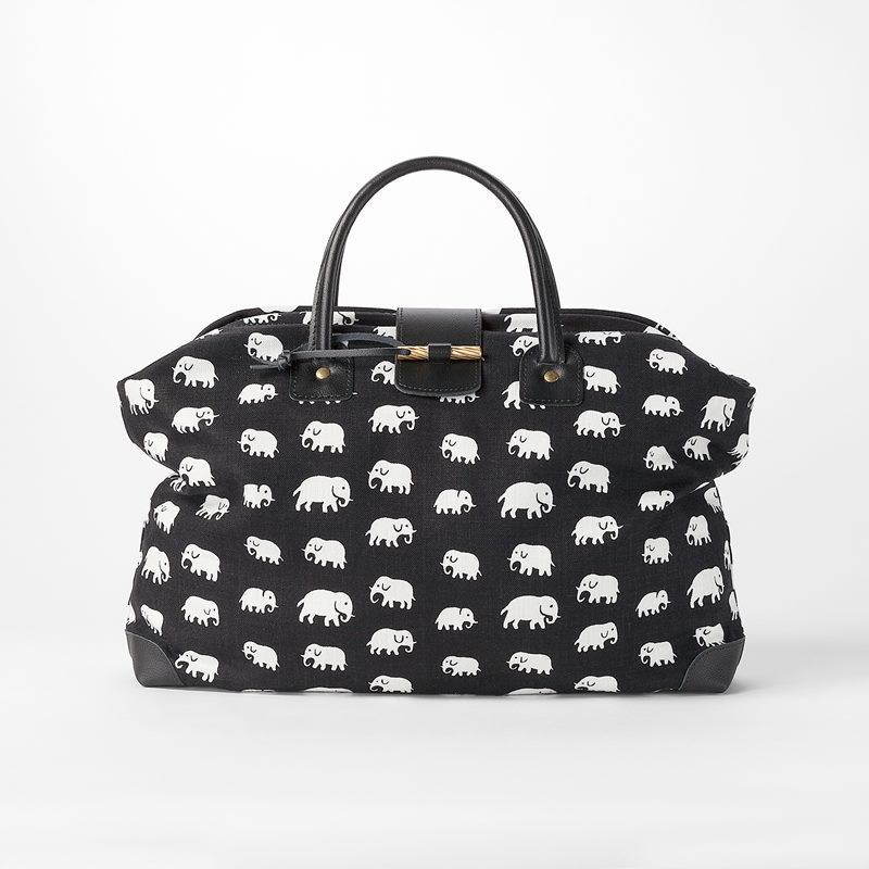 Handbag Elefant - Linen, Elefant, Black | Svenskt Tenn