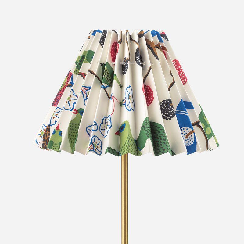 Pleated Lampshade - 19 cm, Cotton & Satin, Gröna Fåglar | Svenskt Tenn