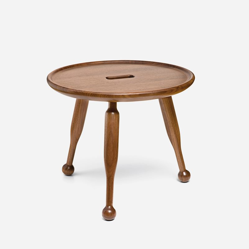 Stool 2156 - Walnut | Svenskt Tenn