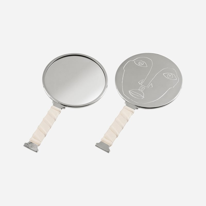 Mirror Self Image Nr 3 - Pewter Leather | Svenskt Tenn