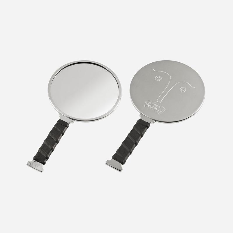 Mirror Self Image Nr 5 - Pewter Leather | Svenskt Tenn